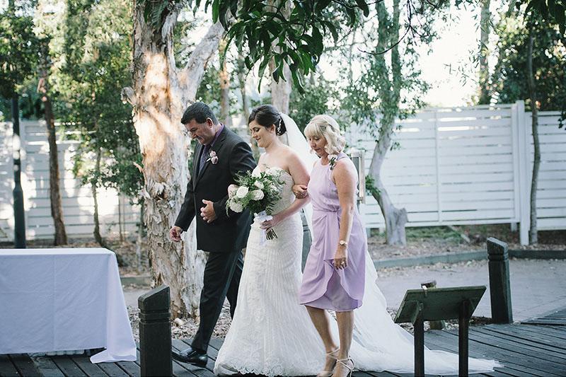 055-Stradbroke-Island-Wedding-Photographer